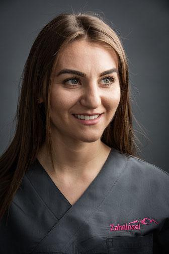 Prophylaxis assistant Valentina Miodragovic