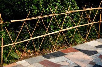 Clôture de bambou par Peter Griffin  http://www.publicdomainpictures.net/view-image.php?image=56766&picture=cloture-de-bambou