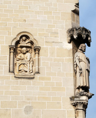 Maison Douillet, face à la Cathédrale