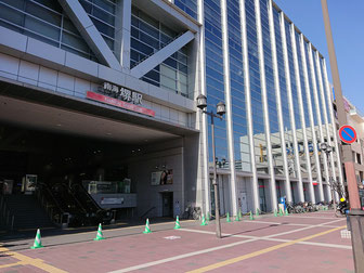 南海本線・堺駅から徒歩4分の近さ