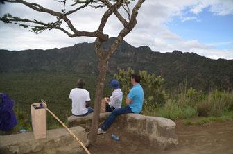 Mount Longonot Blick in den Krater
