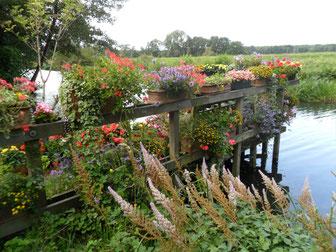 Garten an der Wümme beim Rilke-Haus in Fischerhude