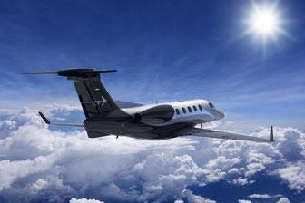 L'Embraer Phenom 300 avec son gouvernail ventral