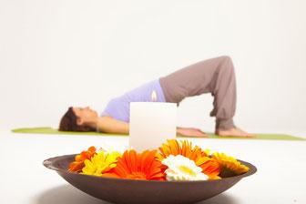 Natalie Streichert betreibt Yoga