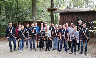 Jugendgruppe im Kletterwald