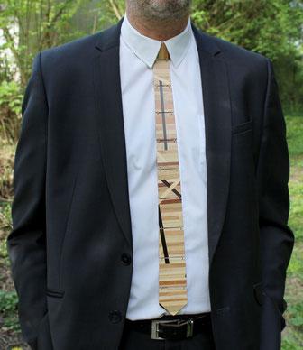 Cravate bois patchwork de bois insolite