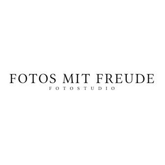 Fotostudio in Erlangen für Akt, Babybauch, Boudoir, Dessous, Mitarbeiter, Nude, Paarshooting und vieles mehr. Auch Werbung. - Fotostudio: Fotos mit Freude