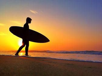 surf - migracion - trabajo en el extranjero