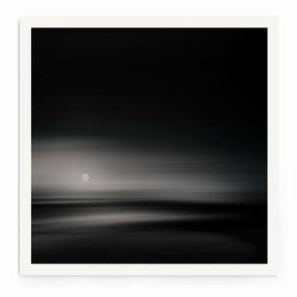 """""""The Moon"""" von Lena Weisbek kaufen"""