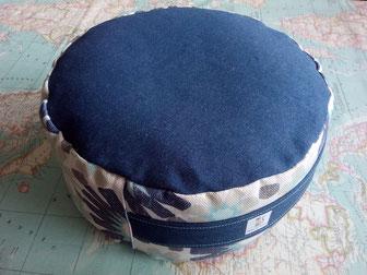 Zafú-Cojín de meditación relleno de cascara de espelta ecológica esterilizada