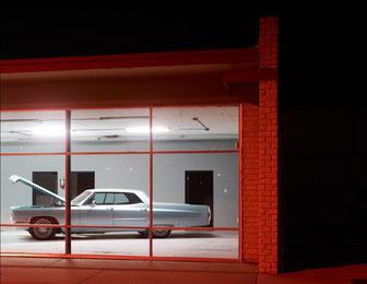 "Josef Hoflehner, ""Open Hood, Roswell, New Mexico"", 2013, 110 x 145 cm, Auflage: Edition 9 Stück"
