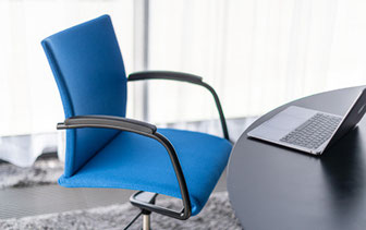 Züco, Visita Re, Konferenzstuhl, German Design Award Winner 2020, Schweiz, Design, Handschuhleder, High-End