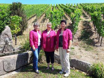 Unser Verkaufsteam berät Sie gerne!  v.l. Michaela Bürkel, Alexandra Braun - Heike Pohl ist seit dem 1. Juni 2018 für Maria Winter, die in den wohlverdienten Ruhestand gewechselt hat, neu im Team.