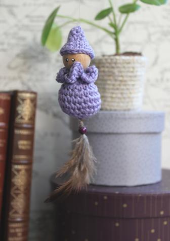 personnage au crochet, miniature attrape rêve, lutin décoratif, fait main à Limoges, artisanat français