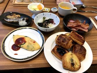 品数豊富で豪華なガーデンカフェの朝食ビュッフェ