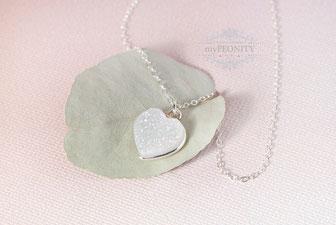 Herz weiße Quarz Druzy Halskette Silber mypeonity