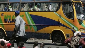 Miliziani somali di Al Shabaab messi in fuga dal gesto di coraggio dei passeggeri musulmani.