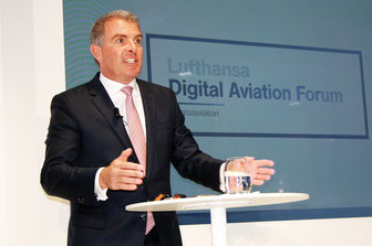 LH CEO Carsten Spohr aims at class, not mass  -  photos: hs