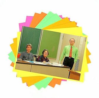 シニア向けレッスンは主に60歳以上の方が対象で、強化学習コースと比較しよりバラエティーに富んだ文化的な内容を楽しくゆったりと学んで頂けます。