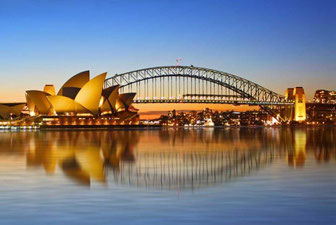 Sydney (Australia)-Opera House and bridge