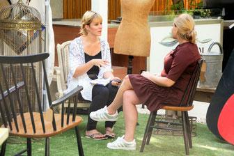 Lisa Kleinpeter mit Charlotte Forment-Meurice von French Caravane Dubai pop up store