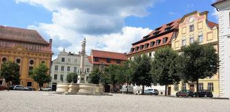 Neuburg an der Donau, Karlsplatz