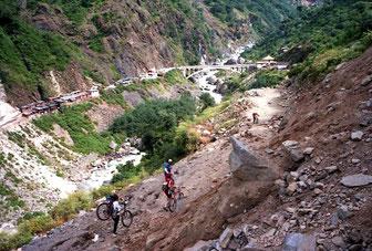 wir nähern uns dem Ausgangspunkt der Tibet-Tour