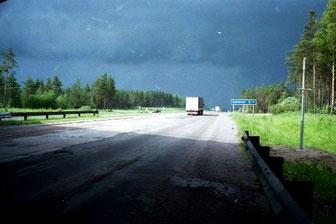 auf diesem neu betonierten Highway rollte es bestens