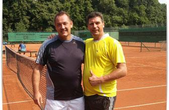 Clubmeister U. Göbels (links) mit Gegner J. Schläger