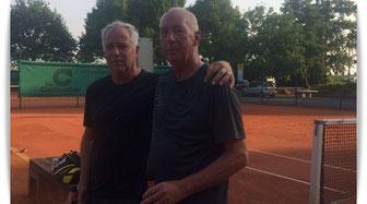 Links: Clubmeister Hubert Franken, neben ihm Hans-Peter Moulen