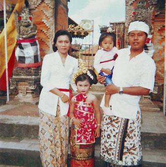 Este soy yo con mi familia