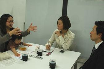 宋美玄さん(左)と梅村聡さん(右)、司会の熊田(中)