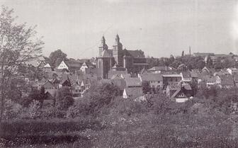 Bild: Blick von der Heide auf die Stadt