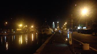 Kanal in Rimini bei Nacht