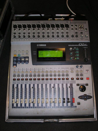 O1 V Digital mixing console