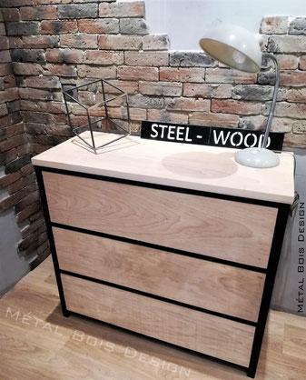 Fabrication de meuble TV acier bois type industriel sur mesure- Métal Bois Design