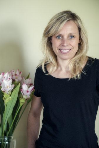 Karen Foxdal, Gründerin KIN UKON