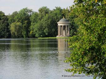 Le parc de Nymphenburg du palais de Nymphenburg à Munich