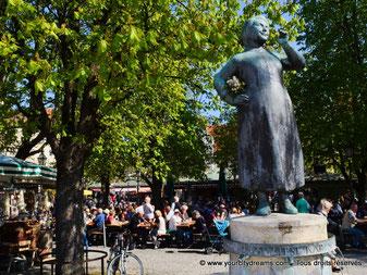Fontaine du Viktualienmarkt, le marché aux victuailles de Munich