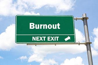 Burnout Behandlung Prävention Heilpraxis Yogaschule Voglreiter