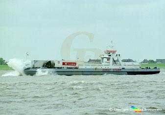 Elbefähre Fährschiff Ernst Sturm