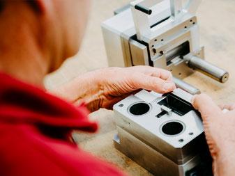 Fertigungstechnik Werkzeugtechnik Sondermaschinenbau Hersteller Lohnfertigung Montage Kurt Betz GmbH Bestueckungstechnik Maschinenbau Firmen Heilbronn