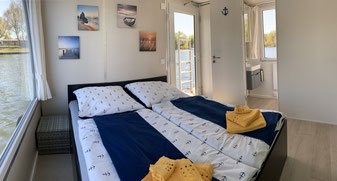 Hausboote mieten 5 Personen Brandenburg. Hausboot Kabine 2