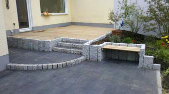 Neugestaltung Terasse mit Hartholz Deck Granit Einfassung, Sitzbank und Stellfläche