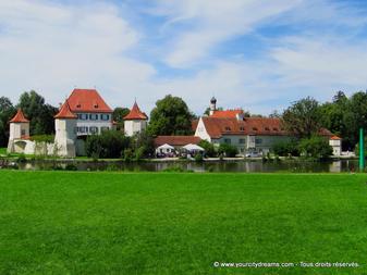 Le château de Blutenburg, havre de paix, loin des sites touristiques