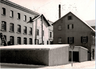 Das Firmengebäude im Jahr 1962 - auch heute noch die Produktionsstätte von Renz-Leder.
