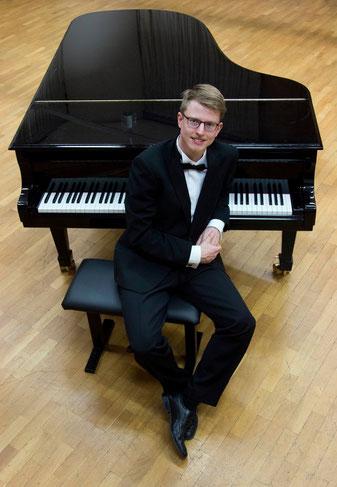 Lukas Kowalski - BA Klavier-Solist und BA Klavier-Pädagoge