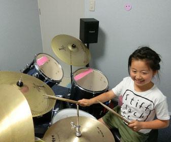 音楽教室あもーるのドラムコースモデル