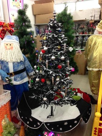 Hier ist der Weihnachtsmann schon vor der Bescherung blau.