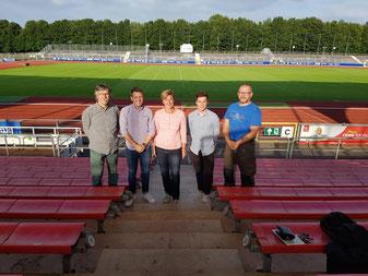 v.l. Ekkart Schmidt (Kreisvorsitzender), Steffen Brümmer, Birgit Surmann (Kampfrichterwartin), Jan Gudtzeit, Patrick Pelzer (stellv. Kreisvorsitzender)
